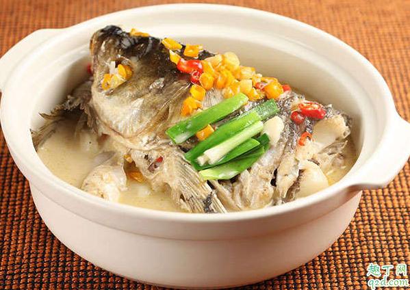做鱼汤煎完鱼放热水吗 煎好的鱼用什么水炖汤3