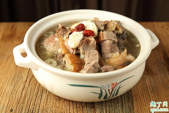 清炖羊肉放什么调料最好吃 清炖羊肉放花椒还是大料1